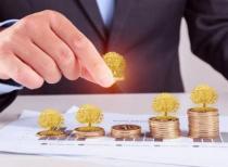 公募偏股基金火热 银行权益类理财产品值不值得买?